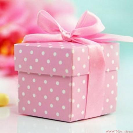Pudełeczko różowe z kokardką