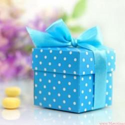 Pudełeczko niebieskie z kokardką