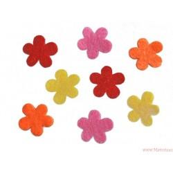 Kwiatki filcowe - główki samoprzylepne 4 szt