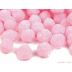 Puchate pompony 13mm 20szt. różowe jasne