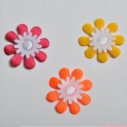Aplikacje na sztuki - kwiatki - 3 kolory - 5 szt.